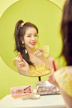 [IG update] Red Velvet for Etude House Red Velvet アイリーン, Irene Red Velvet, Daegu, Seulgi, South Korean Girls, Korean Girl Groups, Rapper, Red Pictures, Etude House