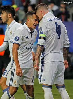 Lucas Vazquez and Sergio Ramos celebrate