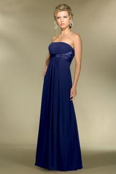 Ideia de vestido de festa para gestantes para acomodar a barriga que cresce. O que acham? ------------------------------------------- http://www.vestidosonline.com.br/modelos-de-vestidos/vestidos-gestantes