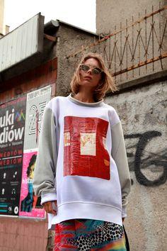 PTASZEK FALL'17 Sweatshirt WEDLOCK with picture from Sri Lanka ...Window to the world