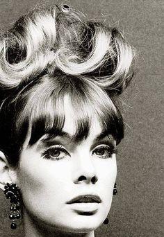Jean Shrimpton, photo by John French, Jean Shrimpton, 1960s Fashion, Vintage Fashion, Vintage Hairstyles, Cool Hairstyles, Fashion Photo, Fashion Models, Divas, Look Jean