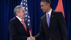 Raúl Castro y Barack Obama en 2015, después que los entonces presidentes acordaran normalizar las relaciones diplomáticas entre Cuba y EE.UU.