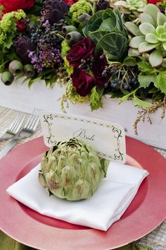 Artichoke #PlaceCards | 35 Cute And Clever Ideas For Place Cards #wedding @De Atley Events & Design @deatleyeventsanddesign @De Atley Events & Design