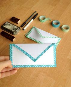 100円ショップで買ったような真っ白の封筒でも、自分のマスキングテープを貼るだけでオリジナル感が出るんです。便箋も真っ白なものを選べばお揃いのレターセットを完成させることもできます。