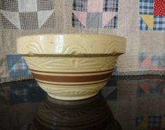 Robinson Ransbottom Mixing Bowl - 1930s - Yellow Ware Mixing Bowl - RRP & Co - Roseville - Primitive Farmhouse Kitchen Decor - Rustic Decor