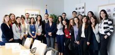 With the spring promotion of Bulgarian interns in the EU institutions. pic.twitter.com/YEFaoYKz2a