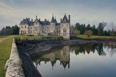 Chateau de Mariage en Dordogne   Wedding & Portrait Photographer Lyon France   Burgundy, Morocco, Nouméa, New Zealand   Tel: +33 (0)9 51 82 ...