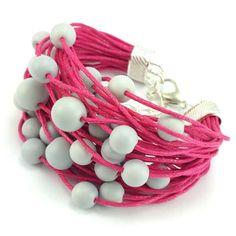 Bransoletka wykonana ręcznie na bawełnianym sznurku jubilerskim w kolorze fuksji z matowymi, szarymi koralikami szklanymi. Lens, Bracelets, Jewelry, Jewlery, Jewerly, Schmuck, Klance, Jewels, Jewelery