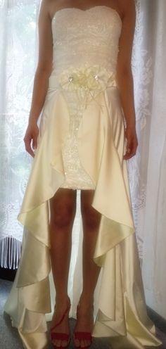 ♥ Brautkleid – komplett paillettenbestickt-2-teilig ♥  Ansehen: http://www.brautboerse.de/brautkleid-verkaufen/brautkleid-komplett-paillettenbestickt-2-teilig/   #Brautkleider #Hochzeit #Wedding