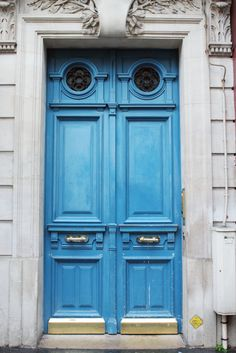 Where to Stay in Paris: Chic Parisian Apartment -- bows & Sequins