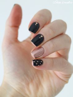 skittlette nail art with dots #cocosnailss