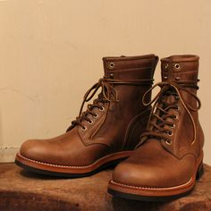 CHROMEXCEL LEATHER LACE UP BOOTS - LEATHER ARTS & CRAFTS MOTO