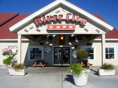 Awesome sandwiches and amazing place for the kids! River City Cafe at Barefoot Landing in North Myrtle Beach South Carolina North Myrtle Beach South Carolina, Myrtle Beach Sc, Charleston South Carolina, Barefoot Landing, Broadway At The Beach, Cool Restaurant, Beach Trip, The Good Place, Neon Signs