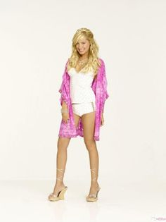I wish so bad that I could find this tankini and coverup Ashley Tisdale wore in HSM2.
