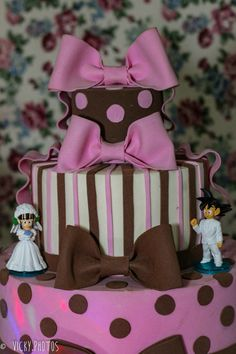 """E quando sua filha """"encasqueta"""" que quer um tema que não existe na loja ? Mamãe se vira nos 30 !!! Kkk #festadragonballz #festanaruto #festamenina #festagatosepeixes #buffetvipkids #vickyphotosinfantis @deluca186 @vicky_photos_infantis https://www.facebook.com/vickyphotosinfantis http://websta.me/n/vicky_photos_infantis https://www.pinterest.com/vickydfay https://www.flickr.com/vickyphotosinfantis"""