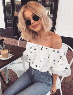 #fall #outfits women's black and white off-shoulder top and gray skinny jeans