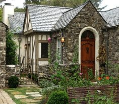The Greenwitch's House: doesn't it look like one might live there?