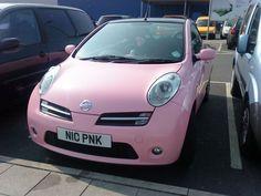 I see more and more pink cars...this one has a pink private number plate to match! I found out later it belongs to a lady called Nicola #theplatemarket
