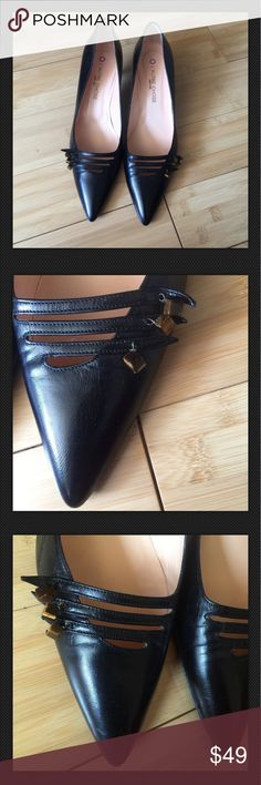 L'Autre Chose Heels Black Leather Shoes Pumps Excellent used condition! classic pump heels with Carey like studs at the top, buttery Black Italian leather size 40 they fit (US) size 9. In cm they are 26.5 following Size guide on the brand website please see last pic. They are like new! Very comfortable and elegant. Made in Italy. Retail 495 usd. l'autre chose Shoes Heels