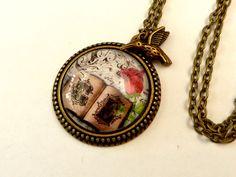 Halskette mit Märchenbuch und Rose, Fantasy Halskette, antik Stil Schmuck, Mädchen Halskette