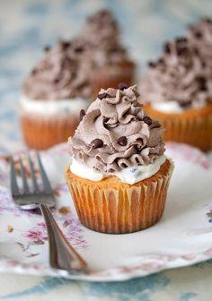 Cannoli Cupcakes « The Best Cupcake Recipes