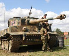 Tiger I atau PzKpfw VI adalah Tank terhebat pada masanya,desain Tiger terutama menekankan pada kekuatan tembakan meriam dan k...