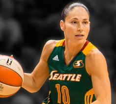 Sue Bird Re-Signs With Storm
