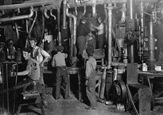 Childhood Lost: Child Labor During the Industrial Revolution Jersey City, Library Of Congress, Lancaster, West Virginia, Old Pictures, Old Photos, Missouri, Fotografia Social, Factory Worker