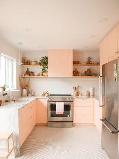 Pastel Kitchen Decor, Kitchen Colors, Home Decor Kitchen, Kitchen Interior, Home Kitchens, Kitchen Modern, Pink Kitchens, Pink Kitchen Cupboards, Pink Cabinets