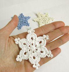 https://www.etsy.com/it/listing/209281956/crochet-snowflakes-25-christmas?ref=shop_home_active_19