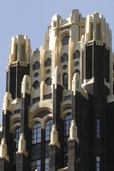 Crown detail: Bryant Park Hotel aka American Standard Radiator Building. New York.