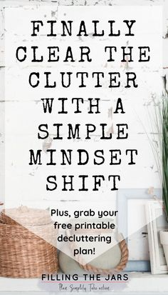 This is the post I wish everyone struggling with clutter could read! New ways to look at your stuff that will have you decluttering like crazy in NO TIME. These decluttering tips will help you make real progress so you can enjoy living in a simple home th Declutter Home, Declutter Your Life, Organizing Your Home, Organizing Tools, Organising, Simple House, Simple Living, Clean House, Minimal Living