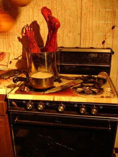 gruesome halloween decor halloween pranks prank videos and scary halloween - Creepy Halloween Decorations