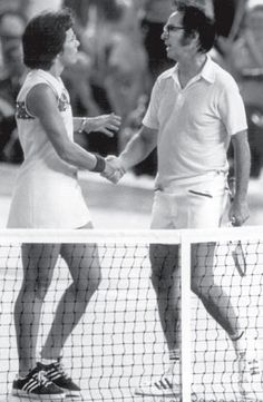 """after Billy Jean King athletically disrobed """"male chauvinistic pig"""" Bobby Riggs in front of the world during the 1973 Battle of the Sexes, she secured a victory for all female tennis players—rather, all female athletes Billy Jean, Vintage Tennis, Sports Photos, Sports Images, Tennis Players Female, Billie Jean King, Tennis Match, Tennis Stars, Sports Figures"""