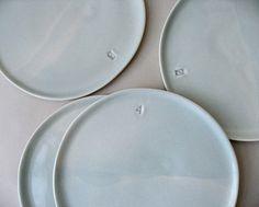 gleenashop | four 9-inch plates