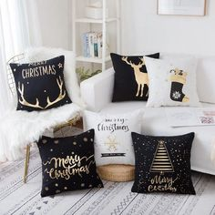 Glitter Christmas pillow case, looks beautiful and fashionable. 1 x Pillow Case (Does not contain the pillow inner. A wonderful decoration for Christmas or New Year. Sofa Cushion Covers, Cushions On Sofa, Throw Pillows, Sofa Throw, Christmas Cushions, Christmas Pillow, Christmas Sewing, Christmas Home, Christmas Staircase
