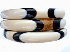The Jewelry Lady's Store: Inlay Carved Bone Horn Wood Bangle Bracelets Set o...http://thejewelryladysstore.blogspot.com/