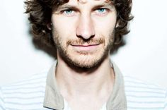 Wouter/Gotye/whatever, just get out of my dreams and into my car, hmmkay?