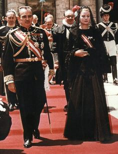 Prince Rainier and Princess Grace of Monaco leave Basilica of St. Peter in Romes Vatican City on June 18, 1959 after their audience with Pope John XXIII.