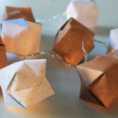 Bastelanleitungen: Origami-Lichterkette basteln - einfach selbstgemacht | BRIGITTE.de