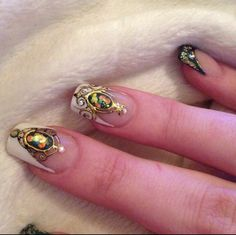 These nails are to die for