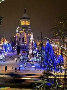 Cluj-Napoca Like & Share daca va place. Beautiful Places To Visit, Oh The Places You'll Go, Visit Romania, Romania Travel, Bucharest Romania, Beautiful Castles, City Break, Countries Of The World, Albania