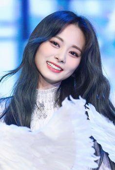 Most Beautiful Faces, Most Beautiful Pictures, Beauty Full Girl, Beauty Women, Sana Minatozaki, Twice Once, Twice Jihyo, Tzuyu Twice, Girl Inspiration