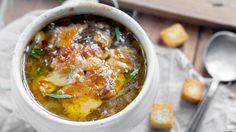 Ukens matblogg: Fransk løksuppe med øl og smeltet ost