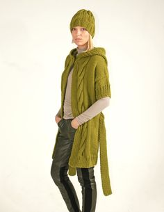 Hand knitted hooded short sleeve cardigan