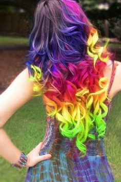 Arcoriris en el cabello rizado on 1001 Consejos  http://www.1001consejos.com/social-gallery/arcoriris-en-el-cabello-rizado