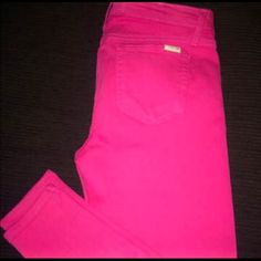 Joe's Pink Skinnies Size 31 skinny ankle jeans. Color is bright pink. Amazing pants and super flattering! Like new condition!! Joe's Jeans Pants Ankle & Cropped
