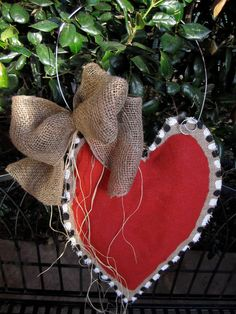 burlap heart and bow