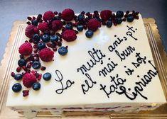 Reţeta unui tort pefect? Folosirea ingredientelor de cea mai bună calitate, alături de priceperea cofetarilor ❤ Cupcake Shops, Cupcake Boxes, Birthday Cakes For Women, Chocolate Shop, Grocery Store, Cake Designs, Catering, Buffet, Berries