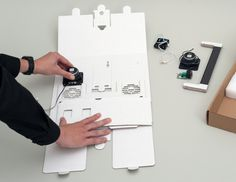 Thanks to Axel Pfaender, we can once again say hello to the almighty sound system, the boombox, with his cardboard DIY sound system for your smartphone. Boombox, Packaging Design, Innovation, Smartphone, Berlin, Dieter Rams, Innovative Ideas, Language, Packing